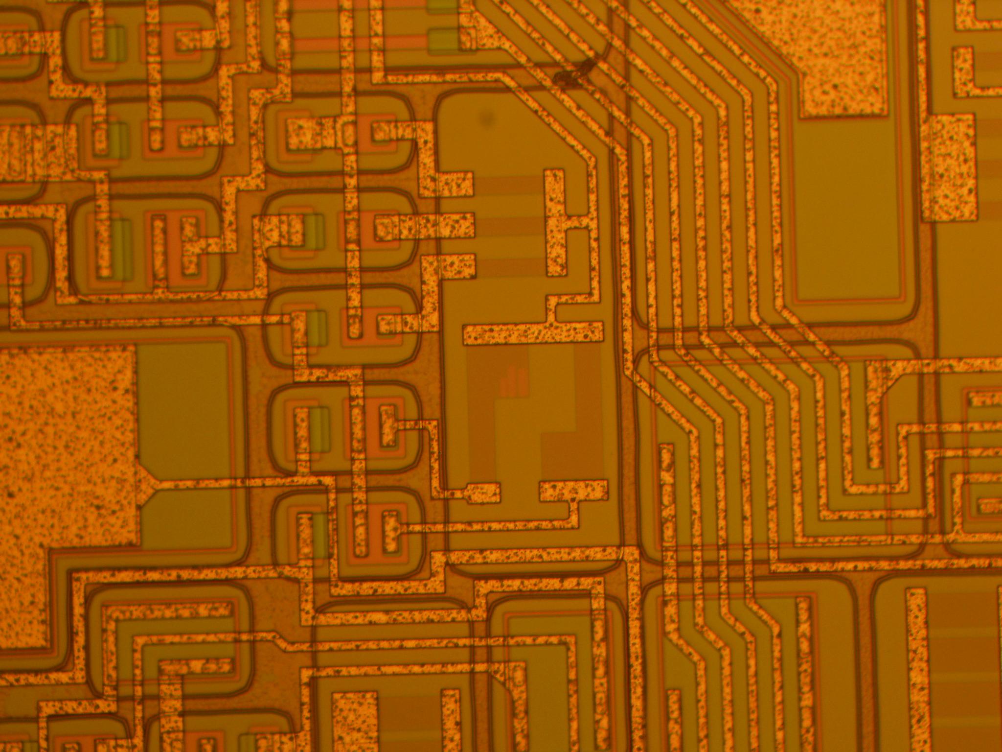 Trim SiCr on Silicon